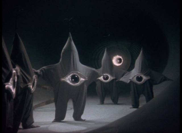 Alien onesies arrive in Tokyo in Kôji Shima's Warning from Space (1956)