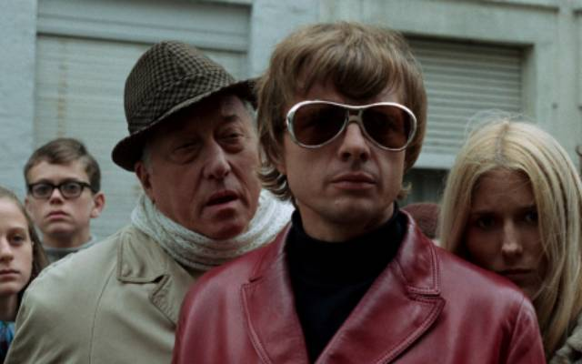 Stefan (John Karlen) is fascinated at the site of a young woman's murder in Harry Kümel's Daughters of Darkness (1971)