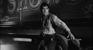 Proud, ambitious Stanton Carlisle (Tyrone Power) has fallen as low as it gets in Edmund Goulding's Nightmare Alley (1947)