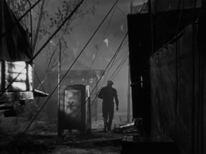 Even before he embarks on his career, Stan (Tyrone Power) seems to be heading for the abyss in Edmund Goulding's Nightmare Alley (1947)