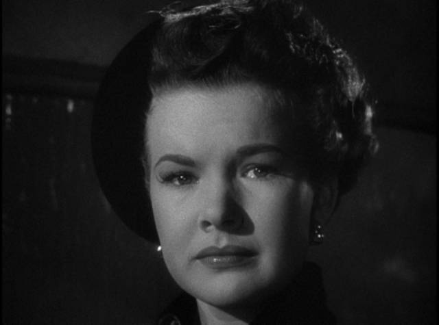 Kate Mallory (Gale Storm) knew all along she shouldn't get involved with a cop in Gordon Douglas's Between Midnight and Dawn (1950)