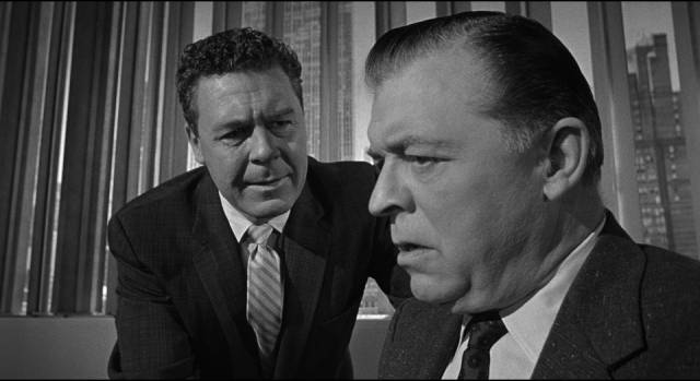 Cope and scientists team up to contain the atomic threat in Irving Lerner's City of Fear (1959)