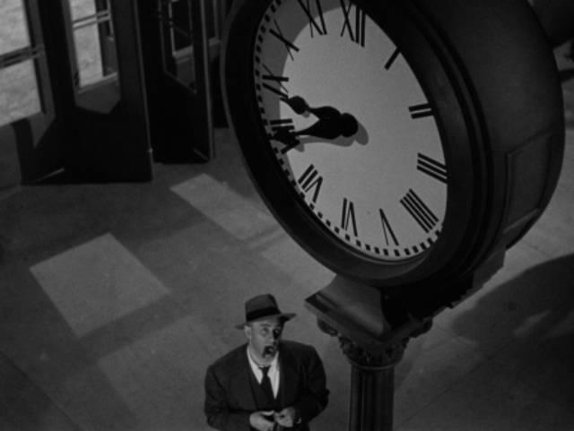 Time weighs heavily in film noir: Lee J. Cobb as Inspector Koch in Robert Rossen's Johnny O'Clock (1947)