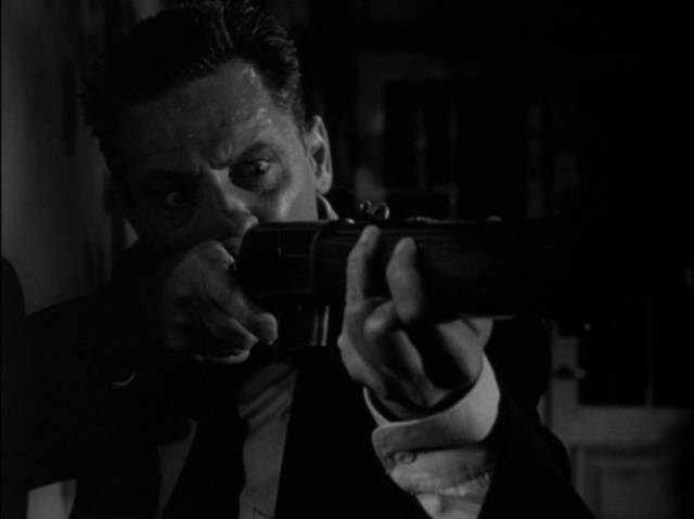 Self-knowledge prevents Al Walker (William Holden) from pulling the trigger in Rudolph Maté's The Dark Past (1948)