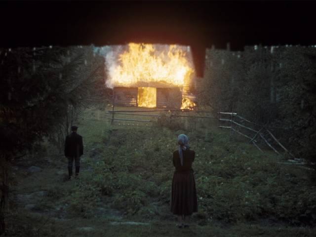 The barn burns in the rain in Andrei Tarkovsky's Mirror (1975)