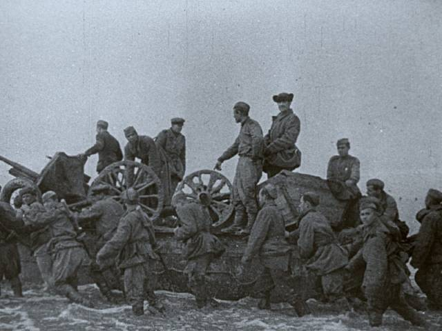 The Soviet Army marches across Lake Syvash in 1943 in Andrei Tarkovsky's Mirror (1975)
