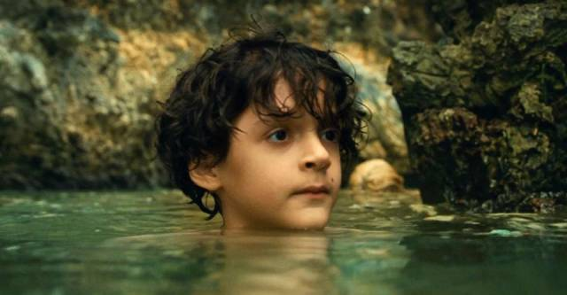 Trent aged 6 (Nolan River) about to receive a shock in M. Night Shyamalan's Old (2021)