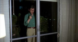 Miguel (Vincente Parra) offers Elisa (Carmen Sevilla) an ultimatumin Eloy de la Iglesia's No One Heard the Scream (1973)