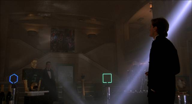 Shades of Blade Runner in contemporary NYC in Ridley Scott's Someone to Watch Over Me (1987)